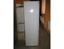 Elux En2853cow 1772 mm montuojamas šaldytuvas